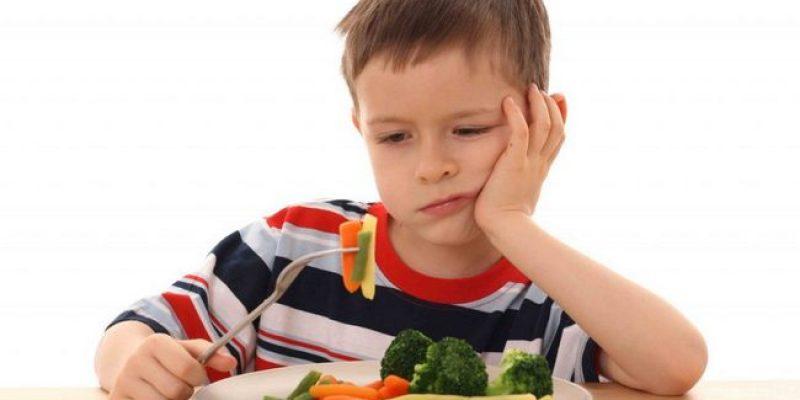 Как правильно накормить ребенка