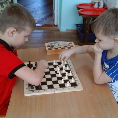 Наши юные шахматисты